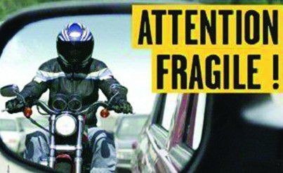 S�curit� routi�re - Motard : attention fragile!